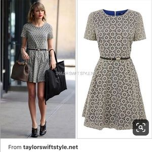 Taylor Swift floral blue floral skater fit flare